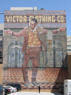 Anthony Quinn Mural (aka The Pope of Broadway), Eloy Torrez, 1985, Victor Clothing Building. Photo by Leslie Rainer