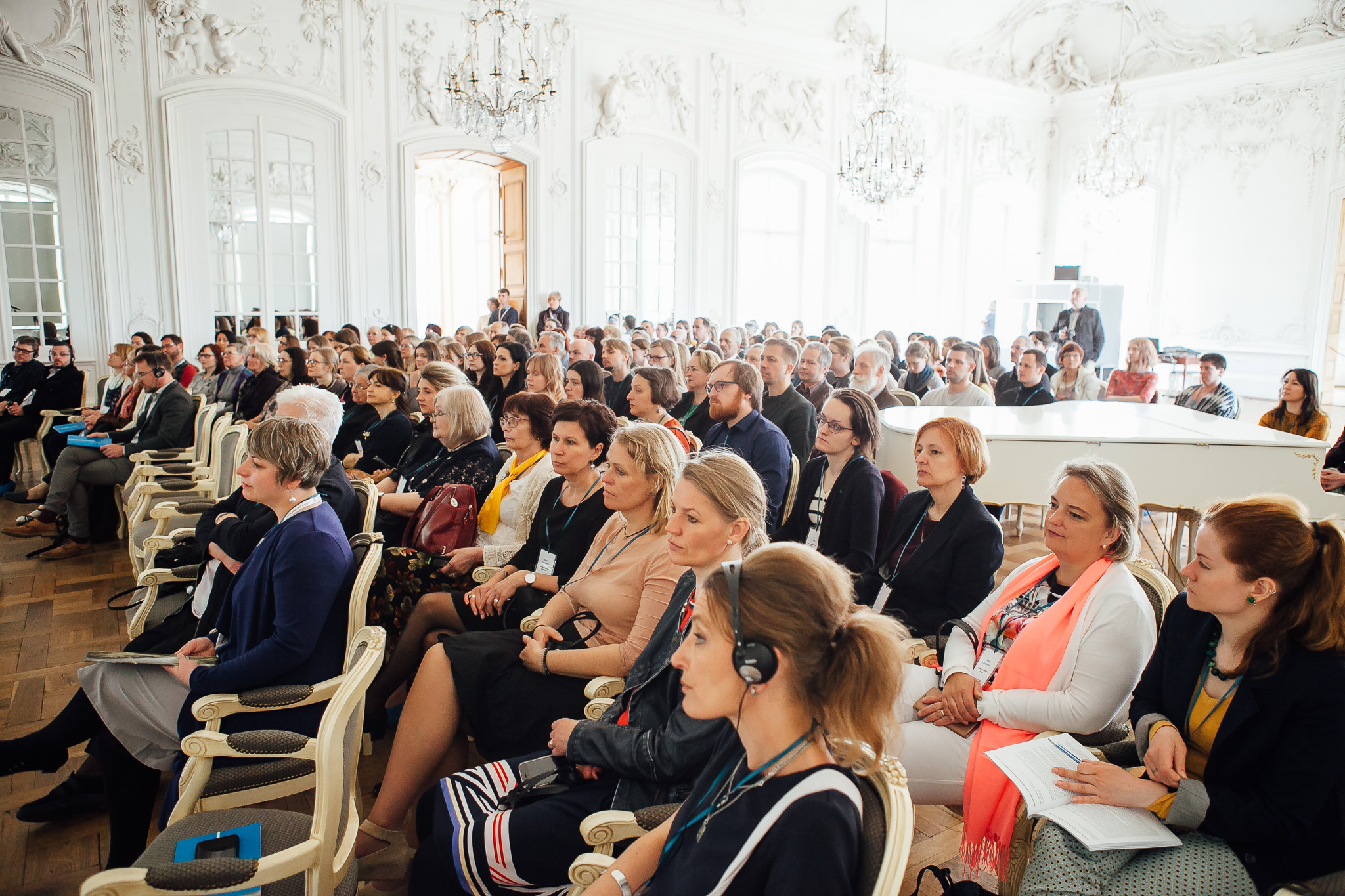 The conference  participants at the Rundale Palace.  Photo by  M. Gaujenietis