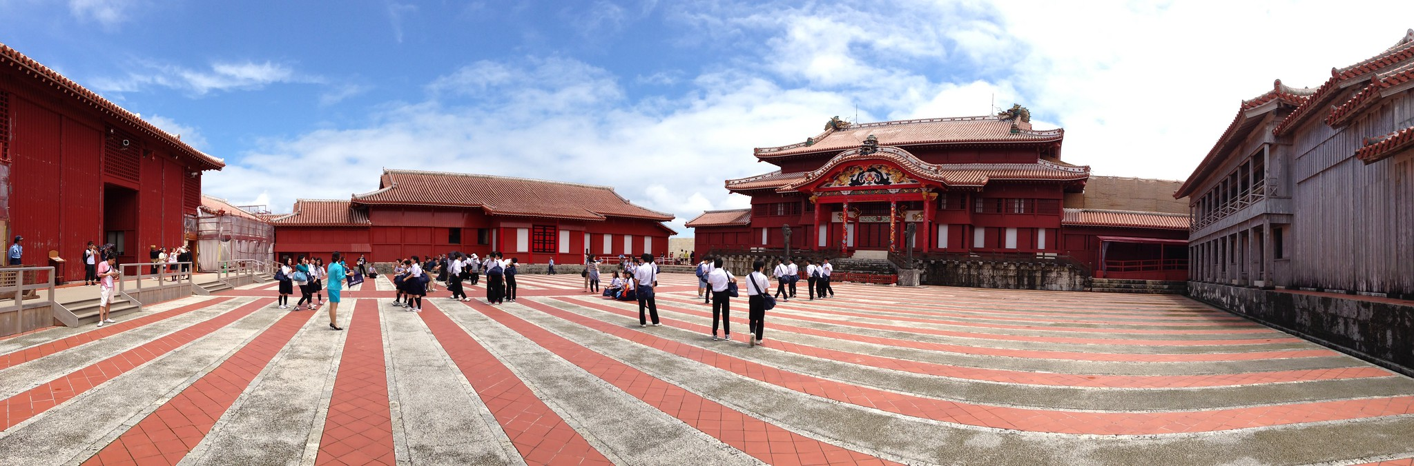 Shuri Castle (2013). Image by かがみ~ (Kagami). Image original location here. Licensed under:  CC BY-NC-ND 2.0