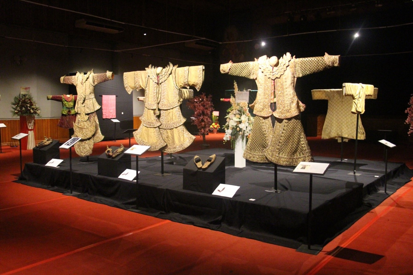 Conservation and exhibition of the rare traditional costumes