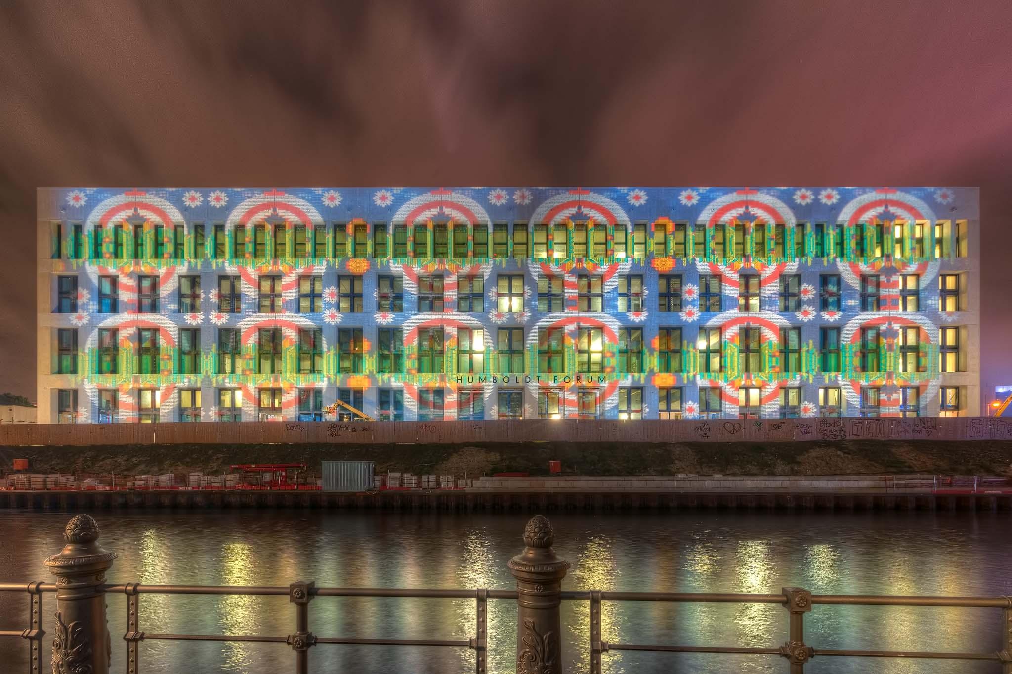 """Humboldt-Forum/Stadtschloss, Berlin leuchtet 2017 """"Underground Walk"""" von Enrico Verworner. Photograph by Frank Haase. Original location here."""